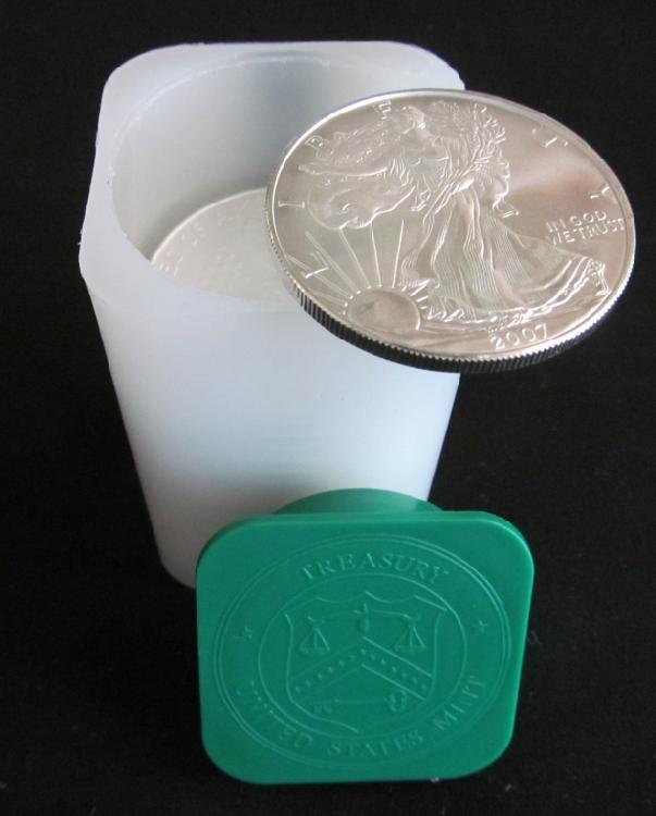 (17) 2007 American Eagle Silver Dollars
