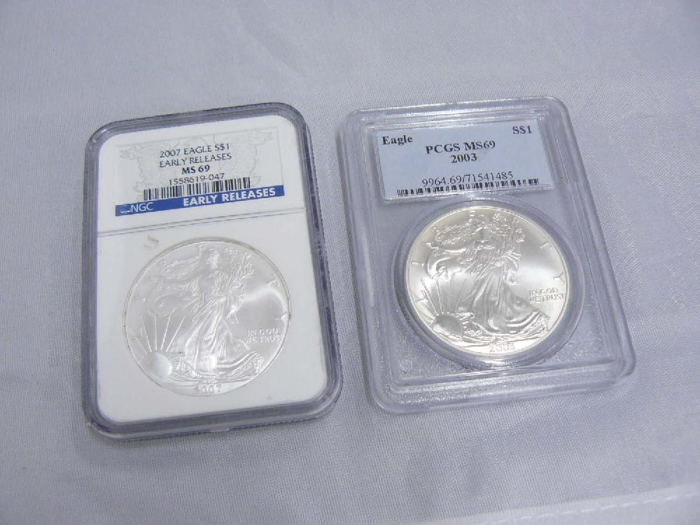 Two Mint American Eagle 1 oz Fine Silver US Coins.