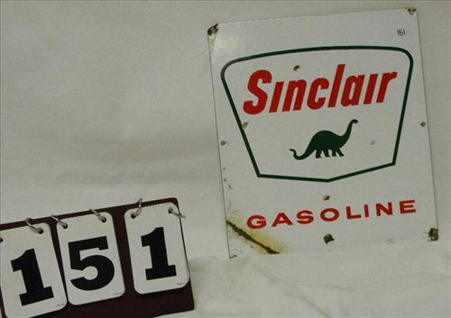 Sinclair Gasoline Sign