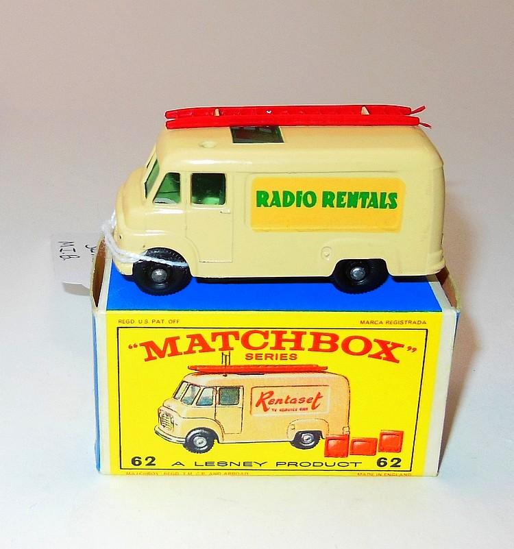 123. VINTAGE LESNEY MATCHBOX #62B RADIO RENTALS TV SERVICE VAN M.I.B.