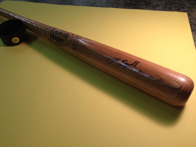 Autographed Baseball Bat ~ Jeff Bagwell