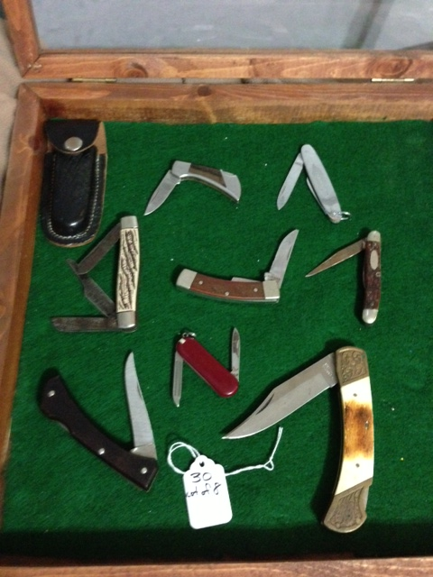 Lot of 8 Vintage Pocket Knives