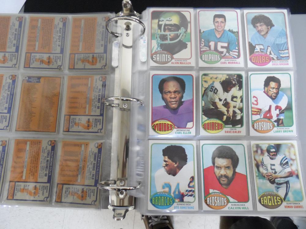 1976-1977 Football cards
