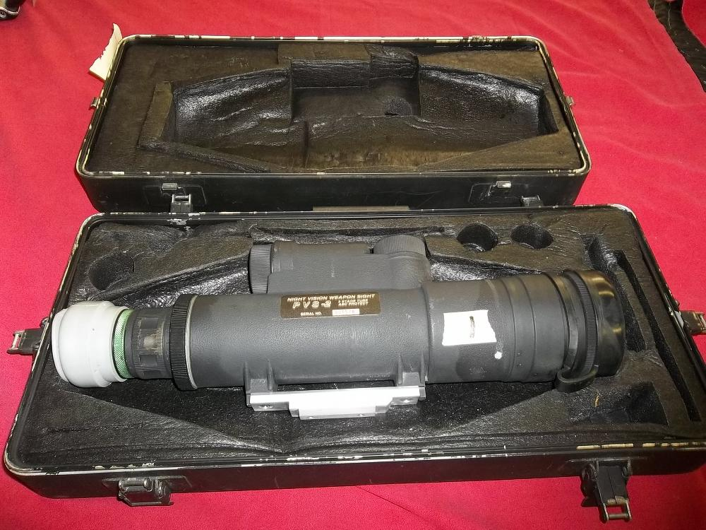 Night Vision Weapons Sight pvs-2 w/case