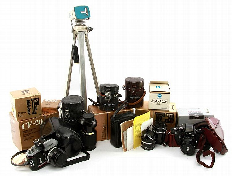 LARGE LOT OF NIKON CAMERAS AND EQUIPMENT
