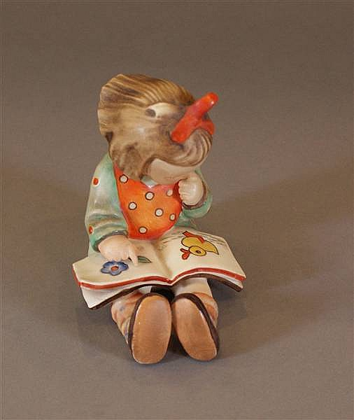 "HUMMEL FIGURINE ""BOOK WORM GIRL"" #8 FIRST MARK U.S. ZONE GERMANY, RARE, 4 1/2"""