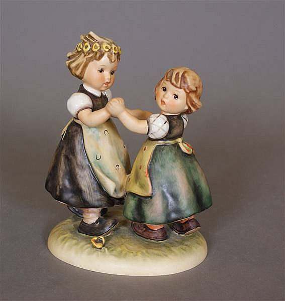 "HUMMEL FIGURINE ""SPRING DANCE"" #353 5 MARK, 7""H"