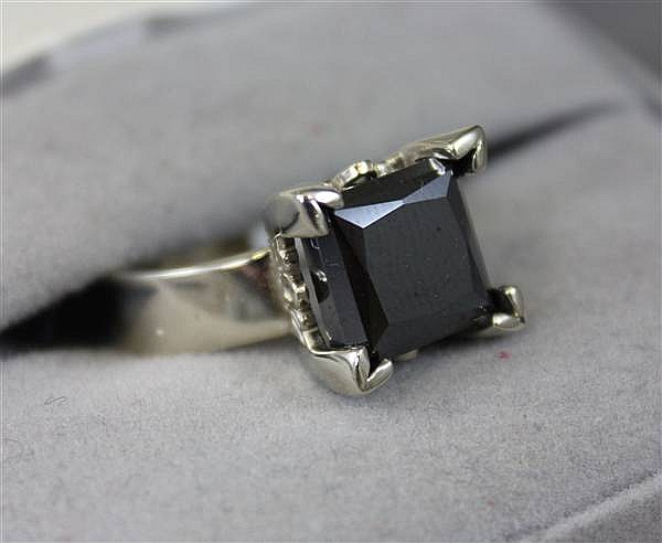 14K WHITE GOLD 7.04CT PRINCESS CUT BLACK DIAMOND RING