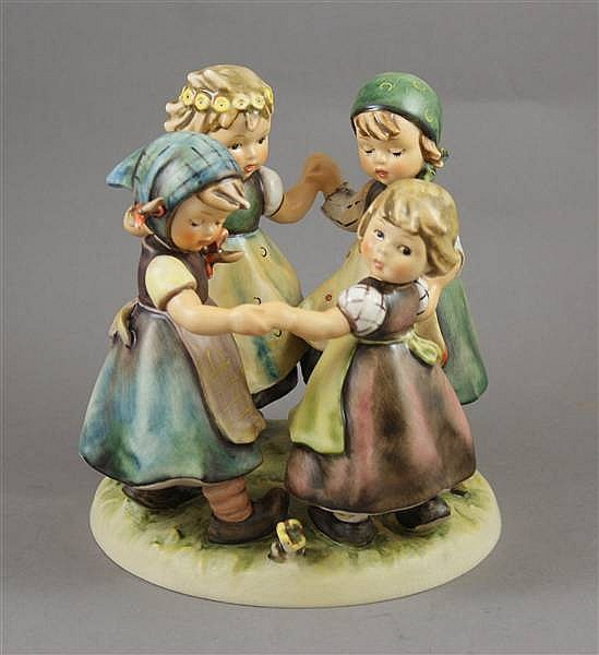 "HUMMEL FIGURINE ""RING AROUND THE ROSIE"" #348 5 MARK, 7""H"