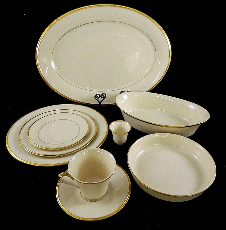 "Set of Lenox dinnerware ""Eternal"""