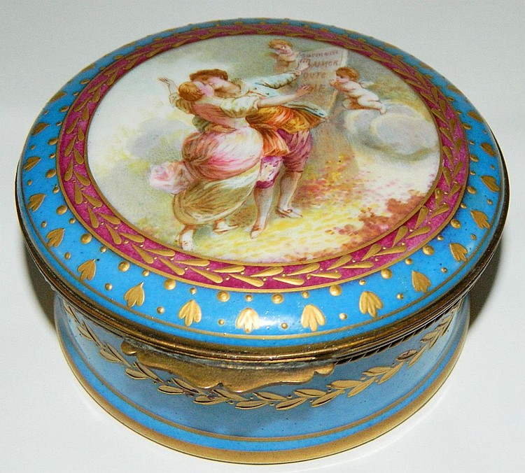 France Paris hand painted porcelain box