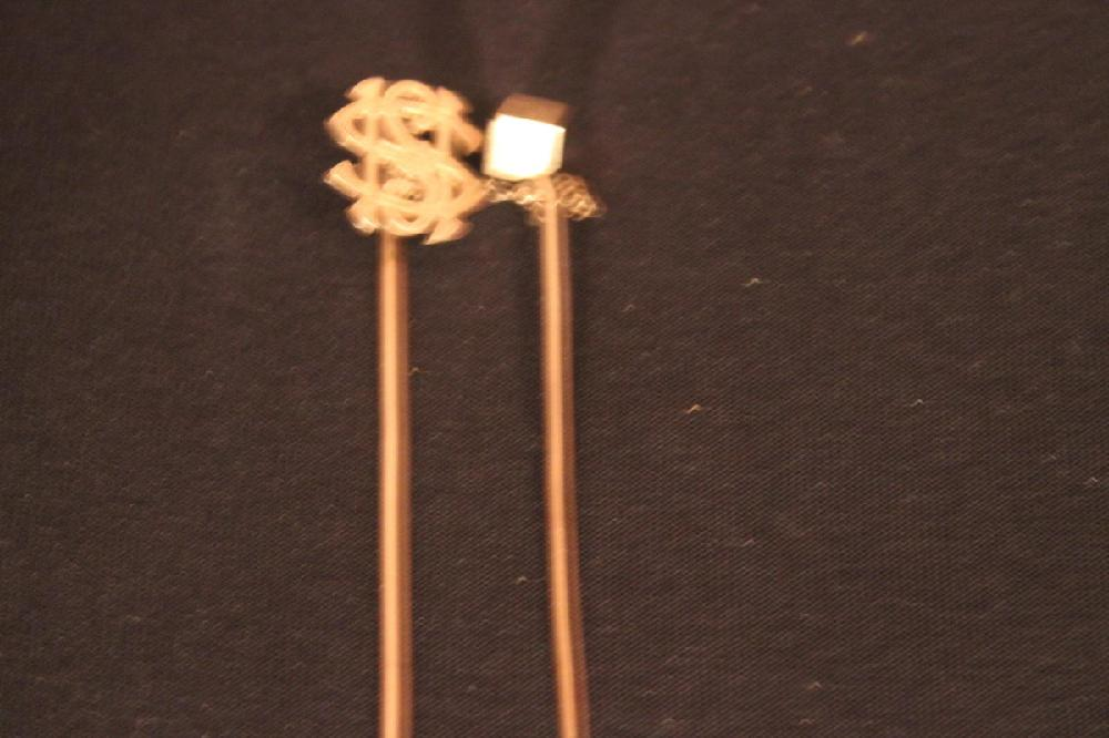 14K DOUBLE LAPEL PINS DATED 1884 - 2.4 DWT