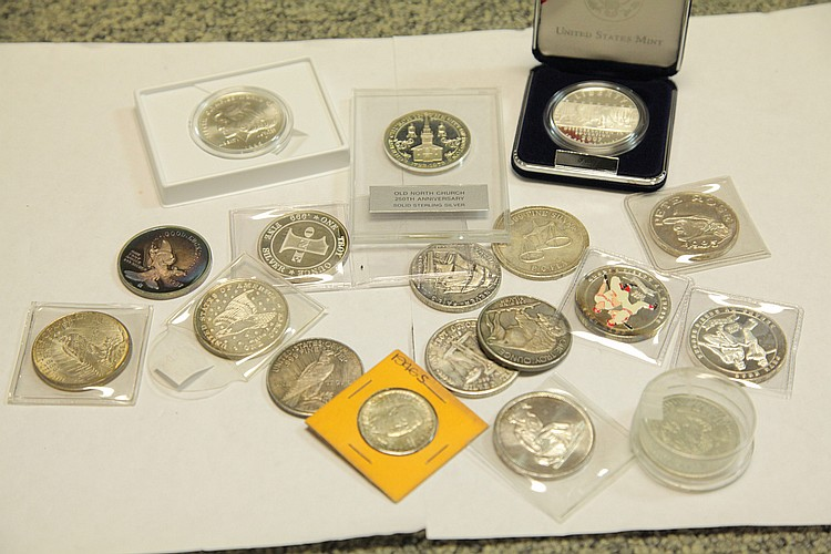 EIGHTEEN COMMEMORATIVE COINS AND SILVER.