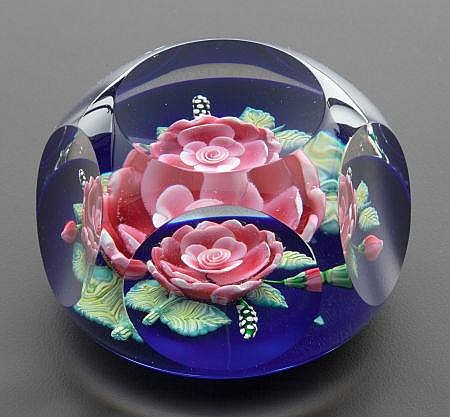 A ST. LOUIS CASED GLASS PAPERWEIGHT: POESIE Circa 1989