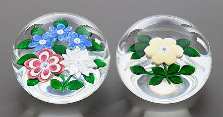 A GROUP OF TWO ST. LOUIS CASED GLASS PAPERWEIGHTS Circ