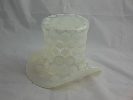 "Fenton Coin Dot Top Hat, 6""x8.5"""