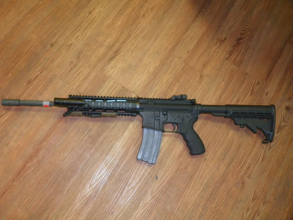 AR15 CMMG .223-5.56MM SPEED RAIL TACTICAL LIGHT