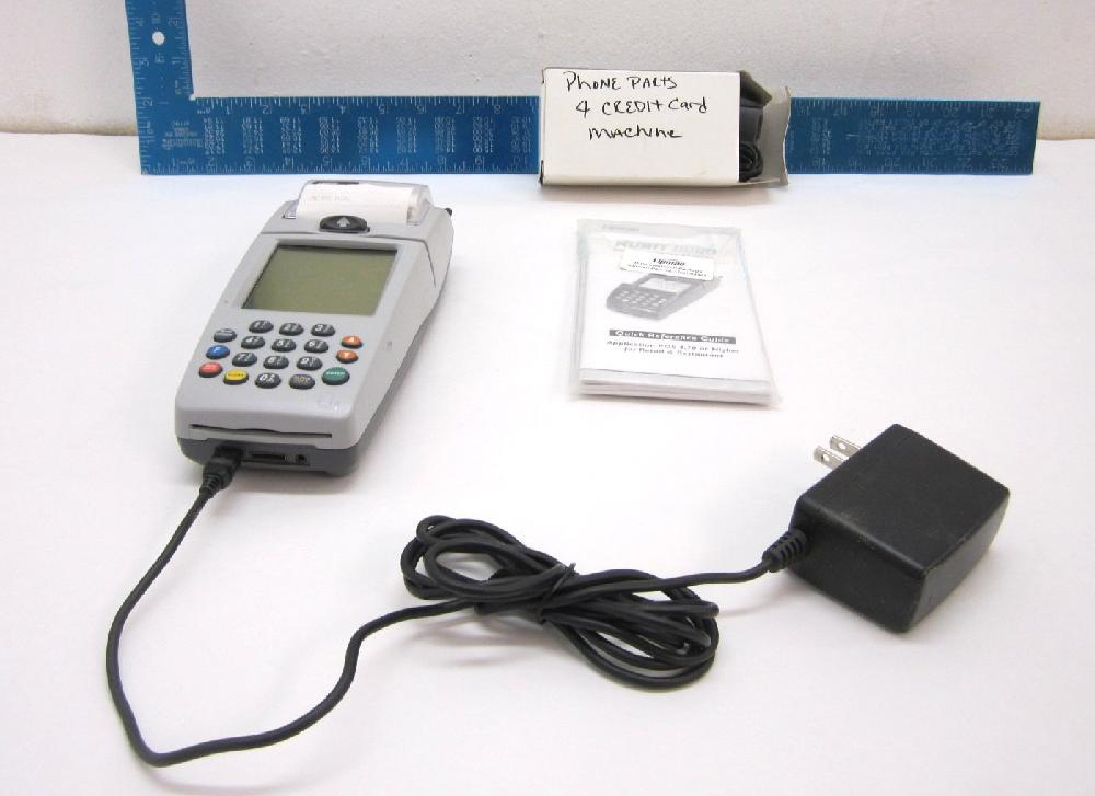 Nurit 8000 Wireless Credit Card Terminal- Turns On